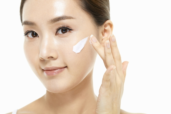 Facial treatment near me for sensitive_skin by Best Facials Singapore